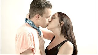 Gay Men French Kiss Women For The First Time!!!