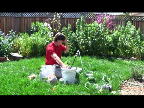 The Naked Garden Soilfoodweb Making Compost Tea 2011