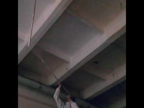 Механизированная покраска потолка акриловой краской по побелке