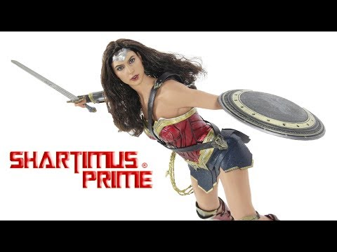 Hot Toys Wonder Woman 1:6 Scale Batman v Superman Dawn of Justice Movie Collectible Figure Review