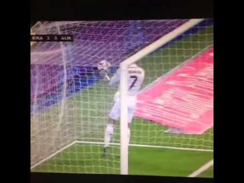 Ronaldo Marah gara-gara diserobot Arbeloa tidak jadi cetak Gol deh | Real Madrid 3-0 Almeria