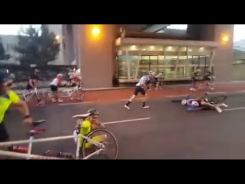 100km/h wind throws around cyclists at Cape Town Cycle Tour