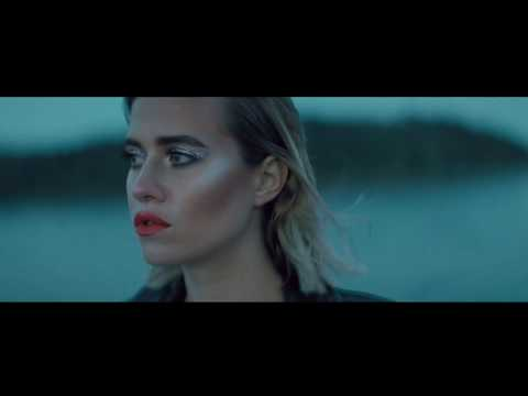 EMMA SMETANA - CAN'T GIVE YOU UP (Official video)