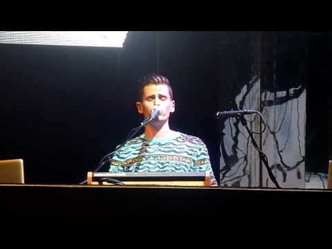 Mike Tompkins beat session + Clarity cover LIVE @ Bristow, VA 7-29-13