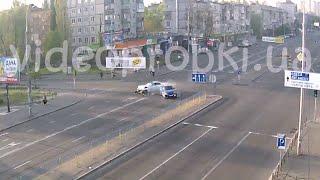 Мощнейшее ДТП на бульваре Перова в Киеве