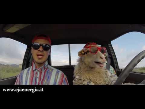 E.JA Energia: Desolina e Gian Daniele.. in auto (*Spot SKY)
