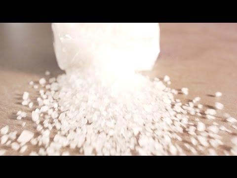 Vím, co jím: Vše o soli. Kolik jí škodí a kde se skrývá