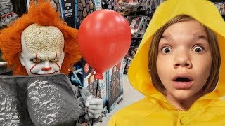 Pennywise Jumps!  Halloween City Props & Decorations