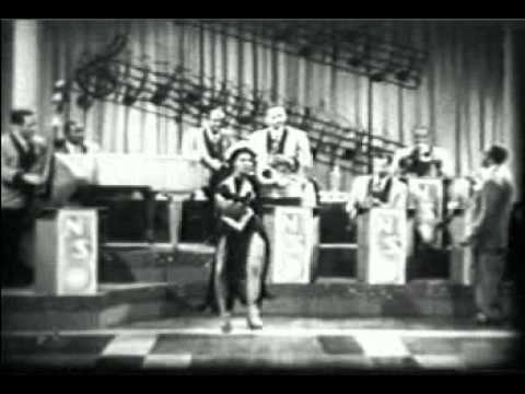 Mabel Lee & Noble Sissle & His Orchestra - Sizzle With Sassle 1946