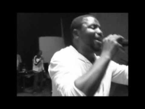 Luralph On Stage - Mo Wonu Ile