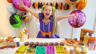 Diana is preparing Halloween sweets