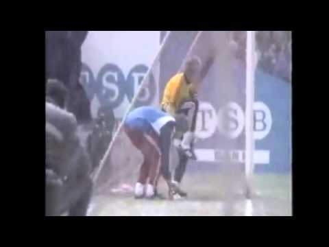 21 Novembre 1985 Dundee United - Neuchâtel Xamax 2-1 / 1/8 finale coupe UEFA