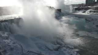 Замерз Ниагарский водопад! l 2014