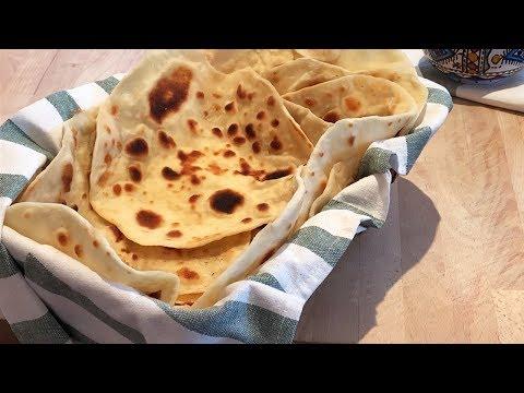 recette-de-pain-plat-cuit-à-la-poêle-sans-pétrissage-et-sans-repos---pain-maison-facile-et-rapide