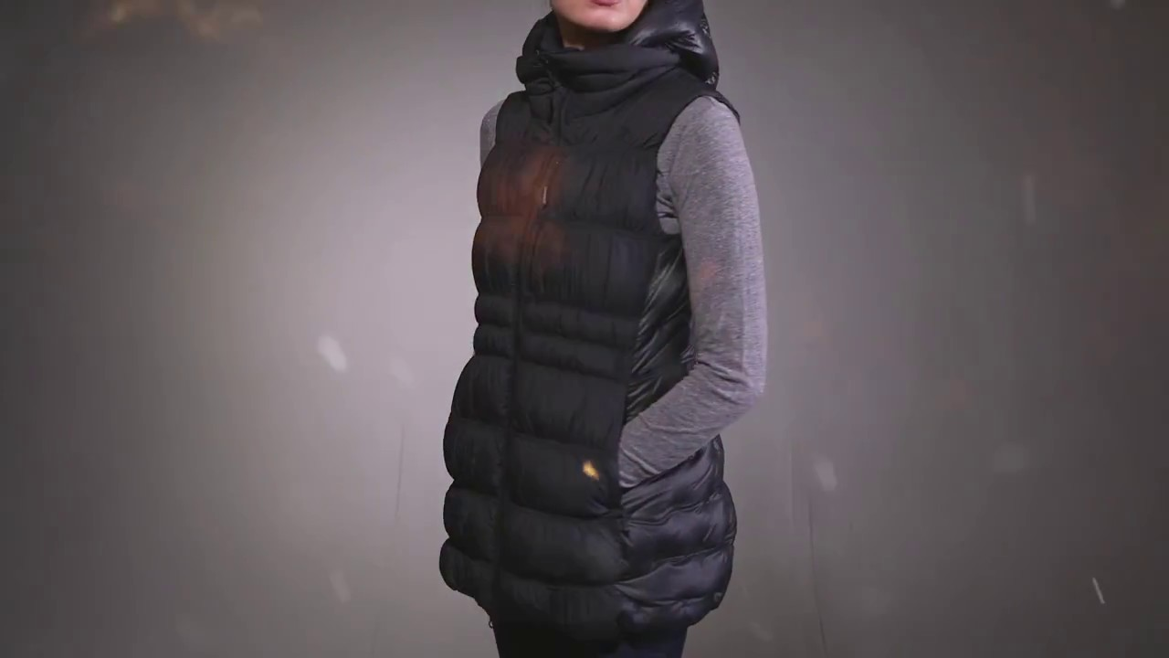 74bb25190a52 The North Face Women s Cryos Down Vest 2017 Review - YouTube