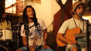 Docho & Rádio Sintonia - A Praieira / Samba Makossa (Nação Zumbi Cover)