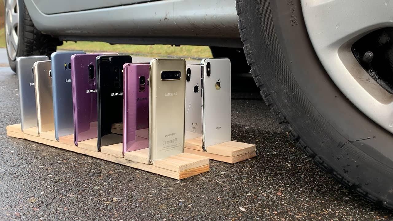 Many Samsung Galaxy vs iPhones vs CAR