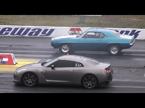 American Muscle Cars Vs Import Tuner Cars Drag Racing Youtube