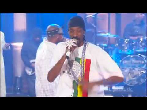 Snoop Dogg featuring Nate Dogg Crazy LIVE