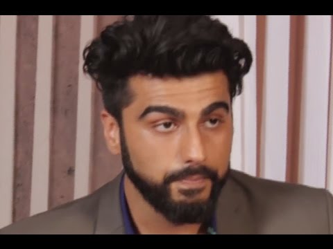 Arjun Kapoor gets emotional, reluctantly shares Mother's Day message!