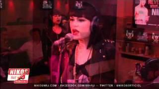 "Jessie J - Live ""Price Tag"" on NRJ France (6/9)"