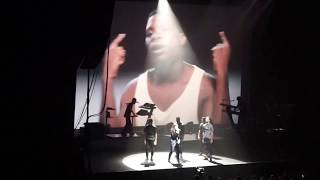LIVE 2015 - Christine and the Queens - No Harm Is Done ft. Tunji Ige
