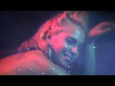 porno girls have sex