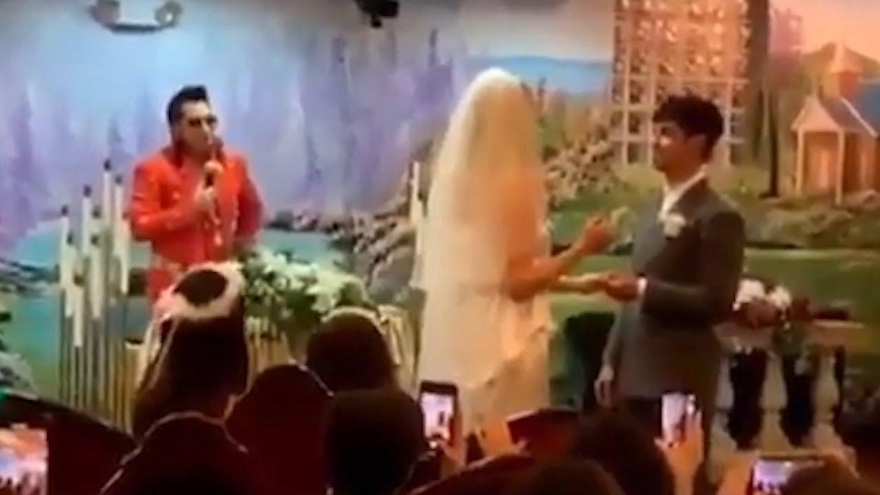 Joe Jonas and Sophie Turner just got married in a surprise ceremony in Las Vegas