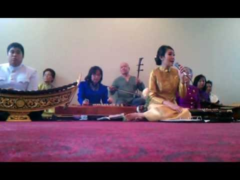 Thai Classical Music, Wat Dallas 11/11/12 Video 2
