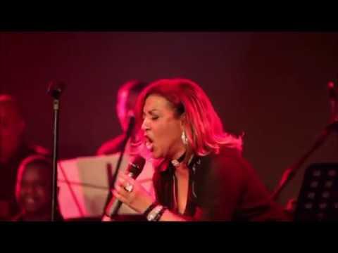 Milly Quezada & Juliana Oneal - Corazón de Goma [Live]