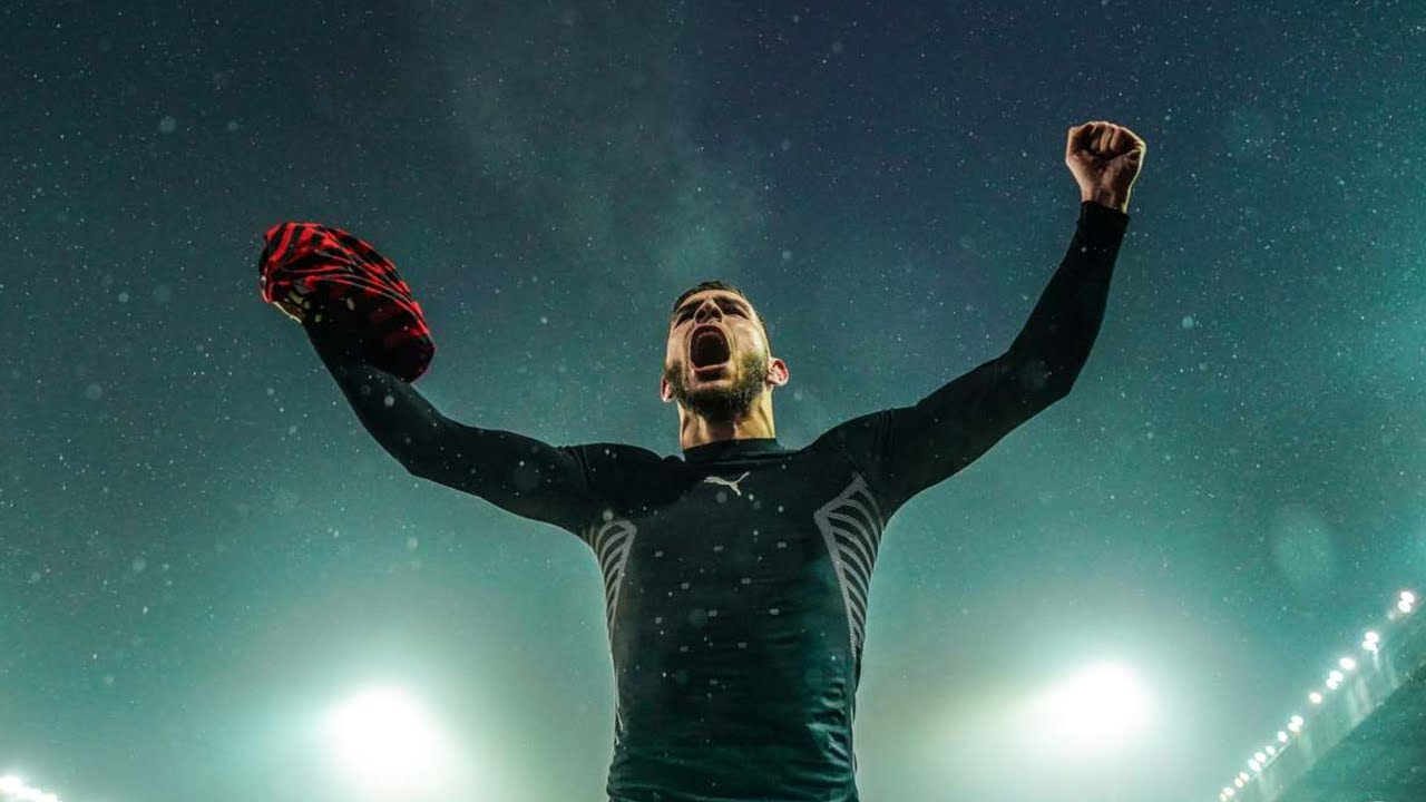Theo hernandez of ac milan kicks the. Theo Hernandez Milan : Jdesign On Twitter Ac Milan Theo ...