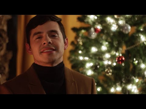 Смотреть клип David Archuleta - The Christmas Song