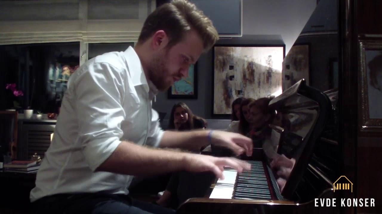 İzmir Marşı Piyano Düzenlemesi - Görkem Ağar - Evde Konser