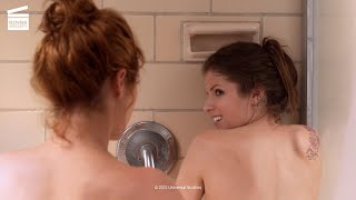 Pitch Perfect: Singing in the shower HD CLIP
