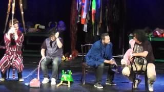 Partička [1080p HD] - Broadway - Blázni - 10.11.13 (14:30)