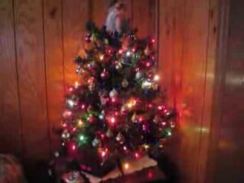 small christmas tree with twinkling lights - Small Christmas Tree With Lights