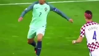 "Best Football Skills "" Messi , Ronaldo , Neymar , Salah , Iniesta , Modric ... """
