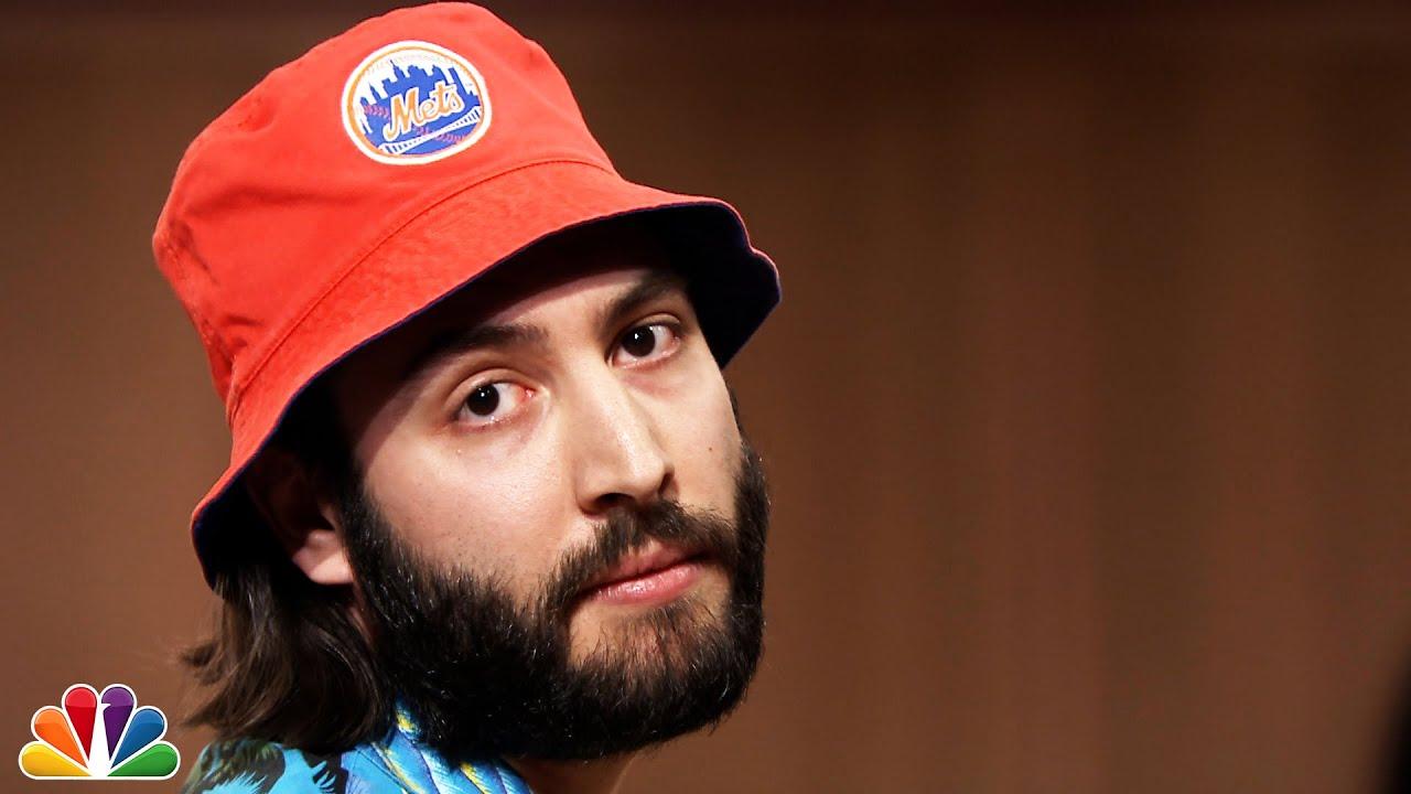 18f46b9bba6c7 Mets Bucket Hat Guy Returns to