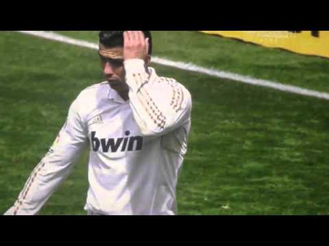 Free kick inside the penalty box ? Real Madrid v Sevilla 29