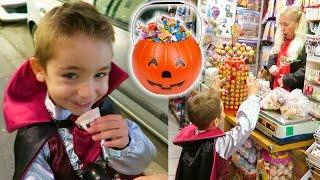 VLOG - CHASSE AUX BONBONS DHALLOWEEN - Des Bonbons ou un Sort ! Trick or Treat