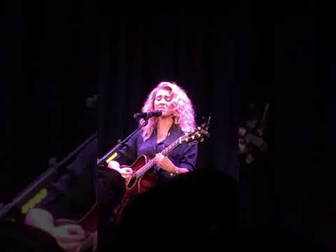Pretty Fades (New Song) [Tori Kelly Live @ The Roxy]