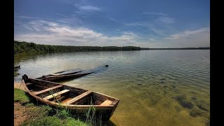 Рыбалка на озере с лодки на фидер. Рыбалка на Щацких озерах.