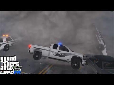 GTA 5 LSPDFR 0.3.1 Police Mod 138 | Blaine County Chevy Silverado | Tornado Mod Destroys Los Santos