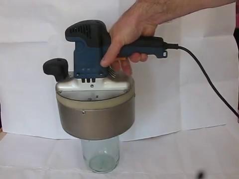 свойства электрическая закаточная машинка для банок ипкс-127с дает