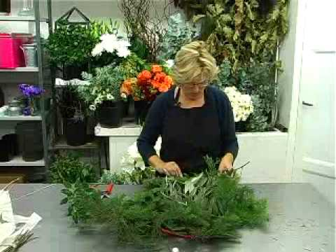 Tuto couronne de no l en sapin youtube for Deco noel exterieur fabriquer