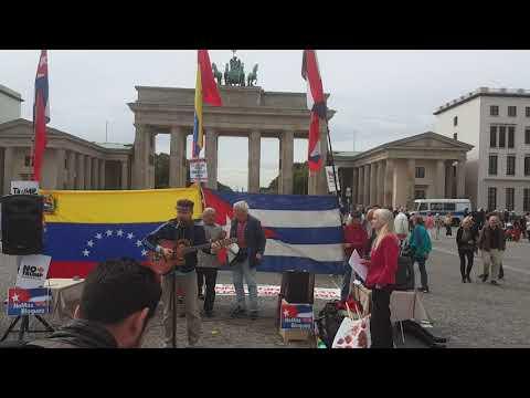 #Berlin 7. Sept. 2019 - Liedermacher Tobias Thiele #HaendeWegVonVenezuela