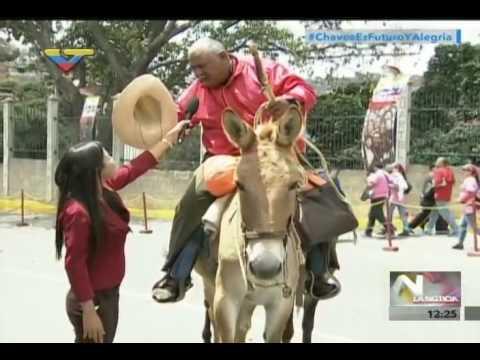 Hombre cabalgó 12 días desde Apure para homenajear a Hugo Chávez a 4 años de su partida