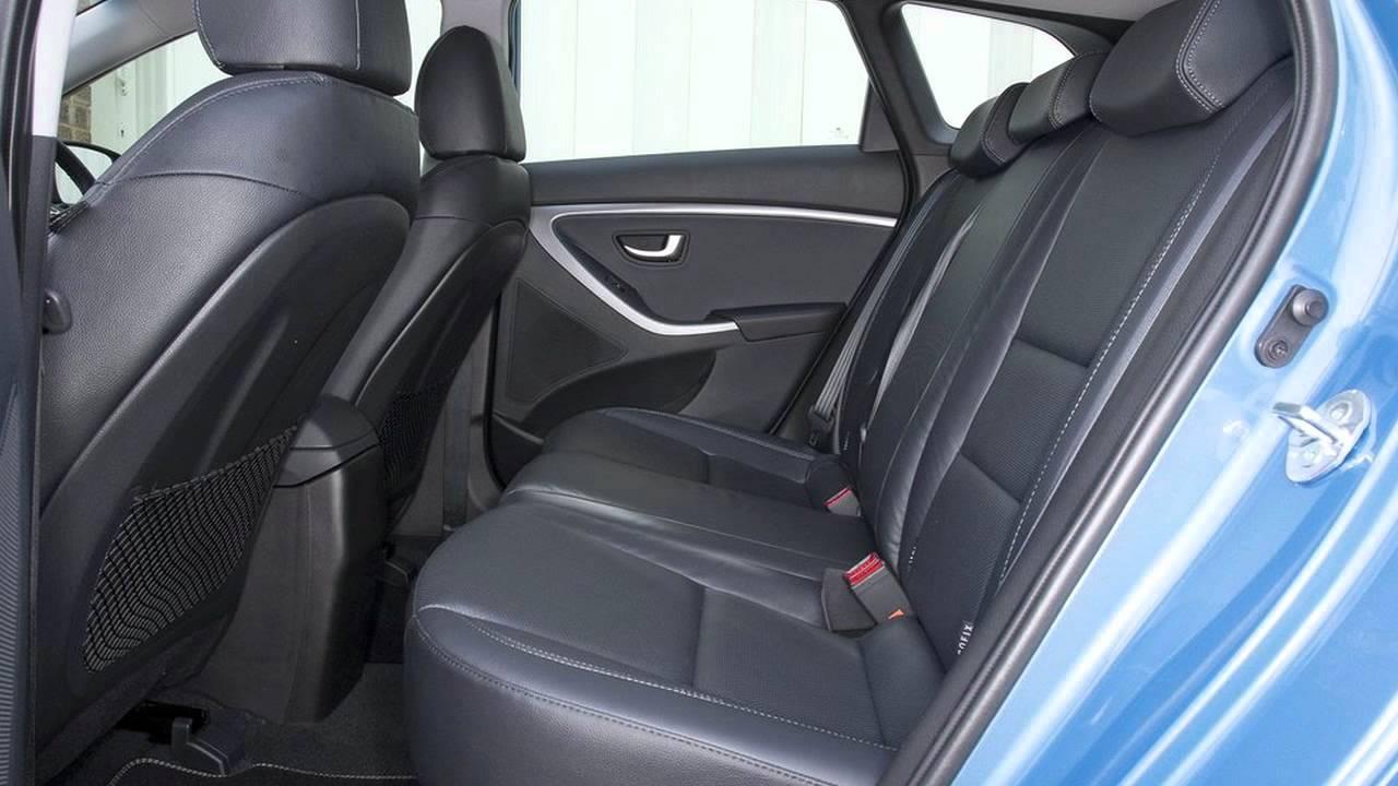 New hyundai i30 2013 interior and exterior youtube for Interior hyundai i30
