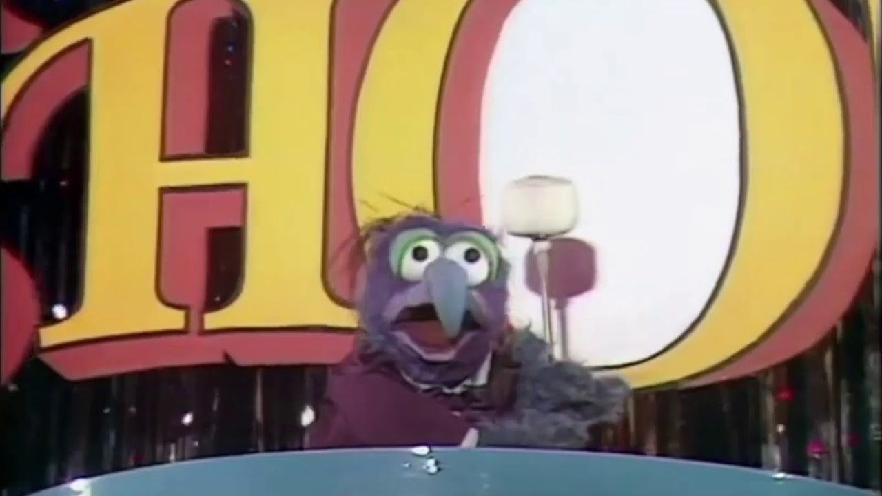 Download The Muppets Show - Gonzo Intro (Season 1)