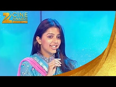 Zee Cine Awards 2004 Best Debut Female Bhumika Chawla